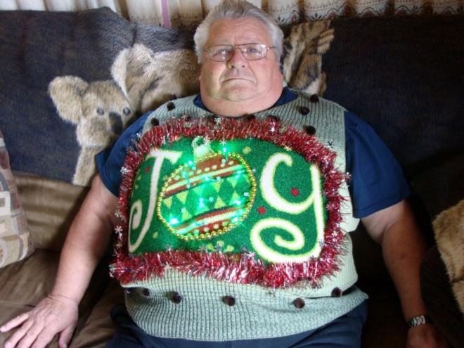Itt vannak a legszörnyűbb karácsonyi pulcsik!