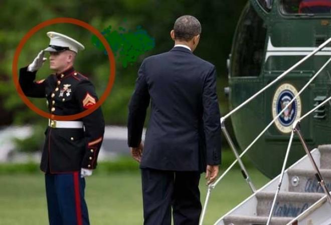 Obama elfelejtett köszönni egy testőrének...