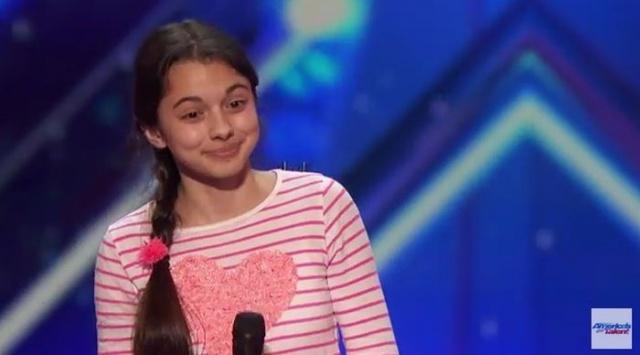 A 13 éves kislány úgy énekelt, amire senki nem számított...